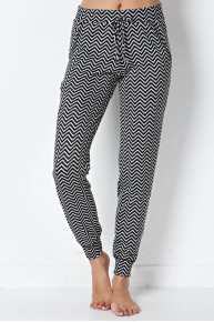 Chevron Knit Jogger in Black/Grey